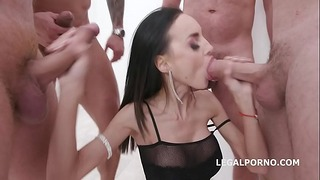 Aletta Black 4on1 Balls Deep Anal + Dp, Dap, Gapes, Creampie-cocktail med svale
