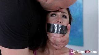 Секси майка, отвлечена и прецакана - Анна Морна