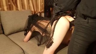 Satanische Schlampe Lucy Ravenblood von großem dämonischen Schwanz gefickt